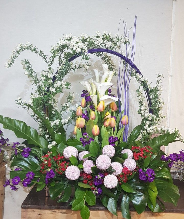 Church Altars Modern Flower Arrangement: Pin By Paula Croxton On Easter Altar