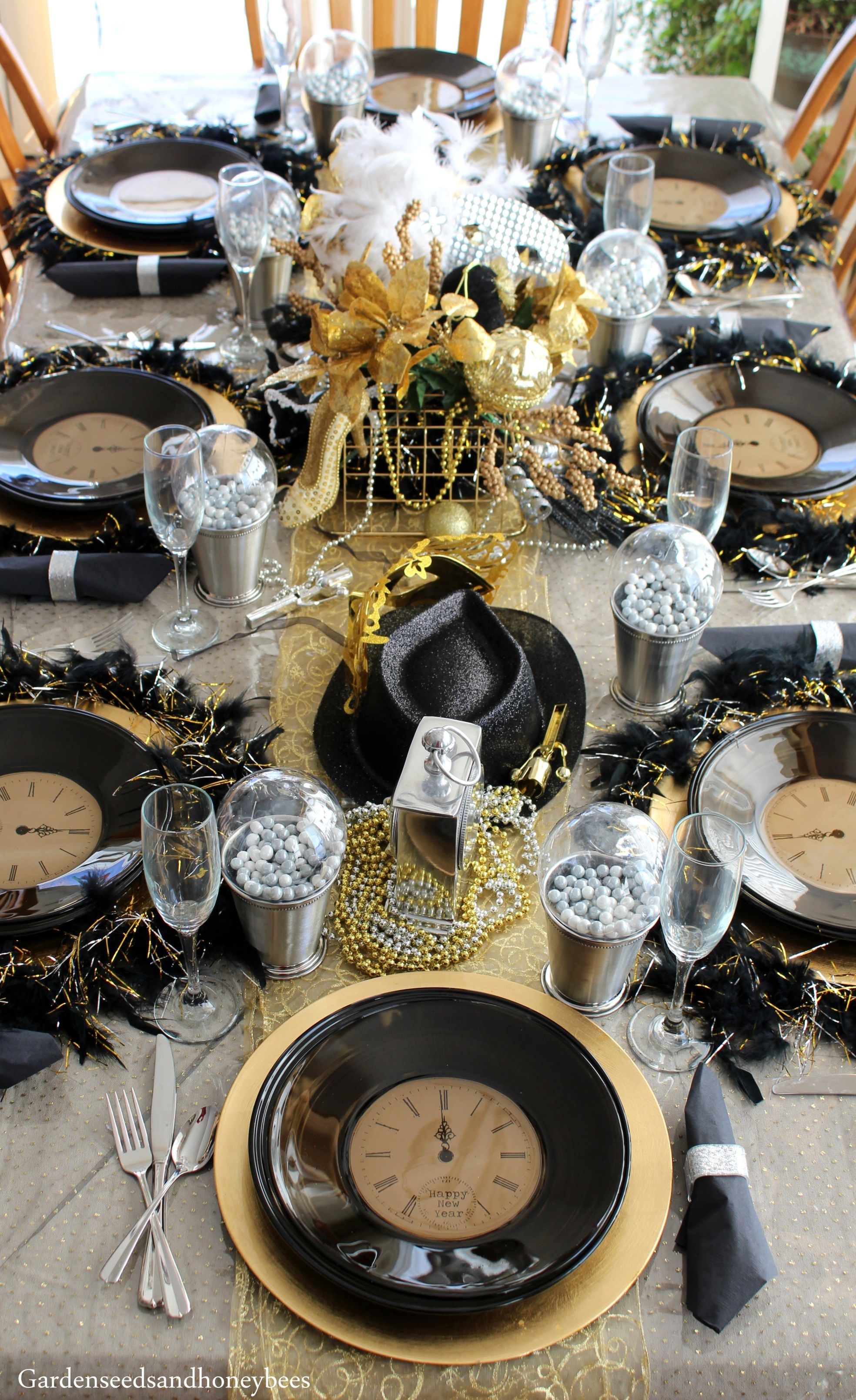 Gold New Years Eve Party