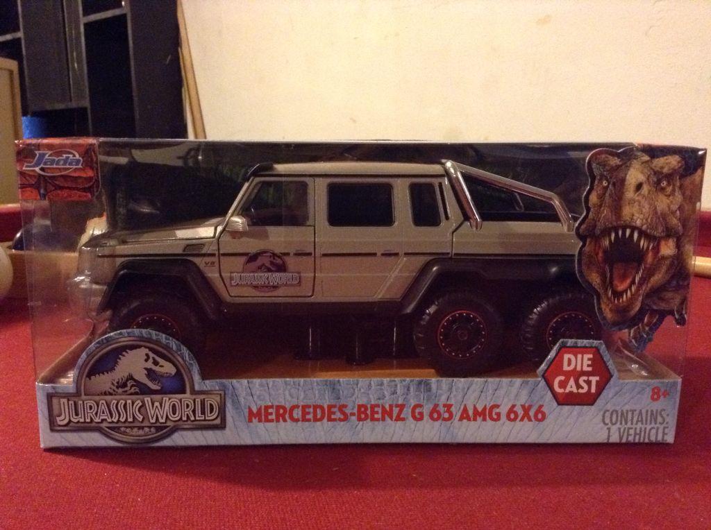 26+ Jurassic World Mercedes 6X6