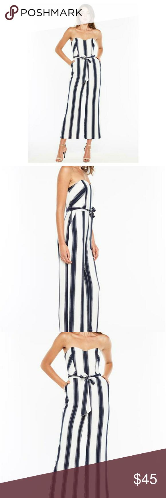084f3d96aa1c Bardot Evie Striped Tie Waist Jumpsuit Beautiful striped zipper back  jumpsuit. Size 6 small Striped and strapless Pockets 30