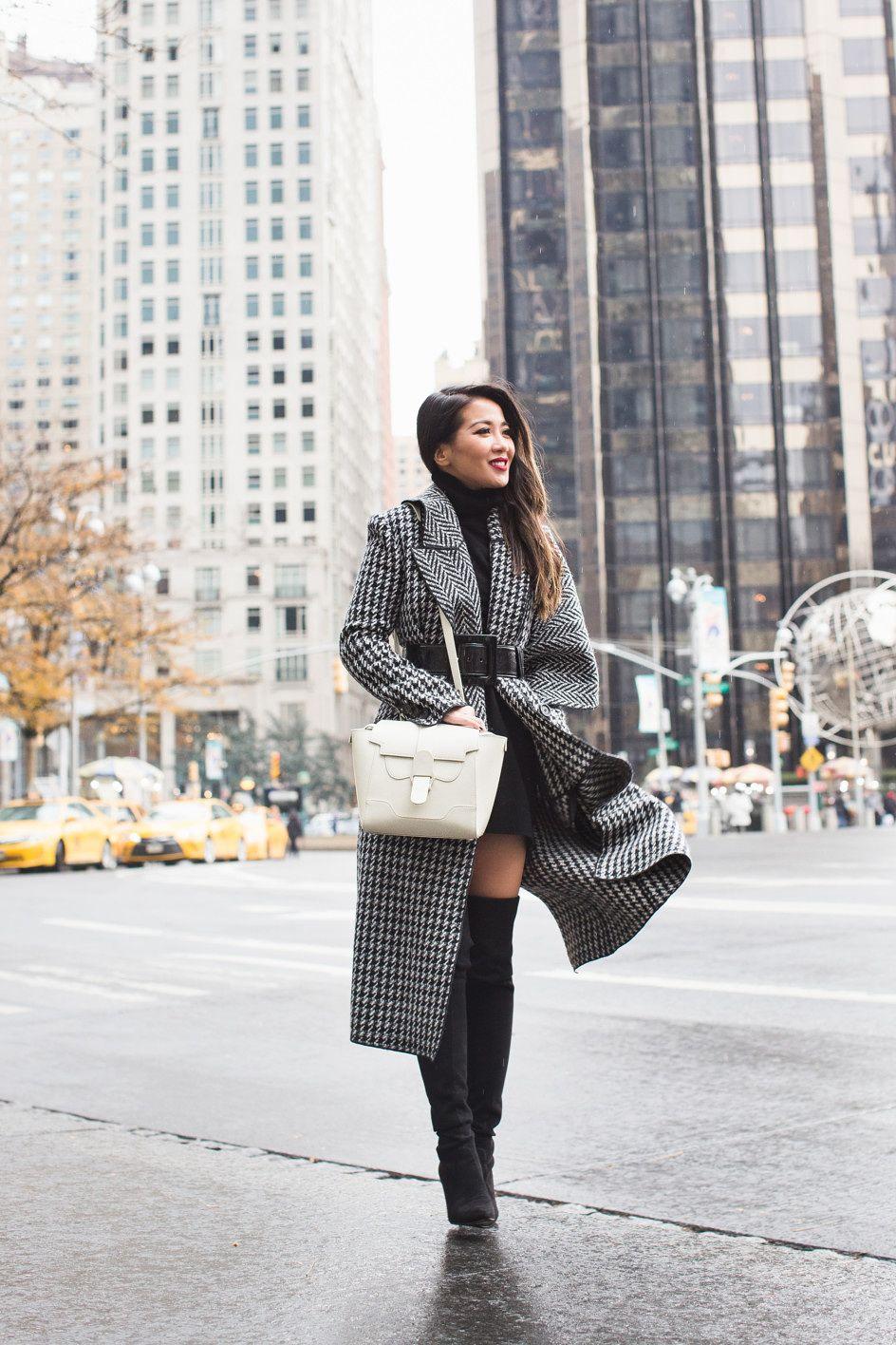 Winter Classics    Plaid coat   White bag - Wendy s LookbookWendy s Lookbook a6a2b7ef55