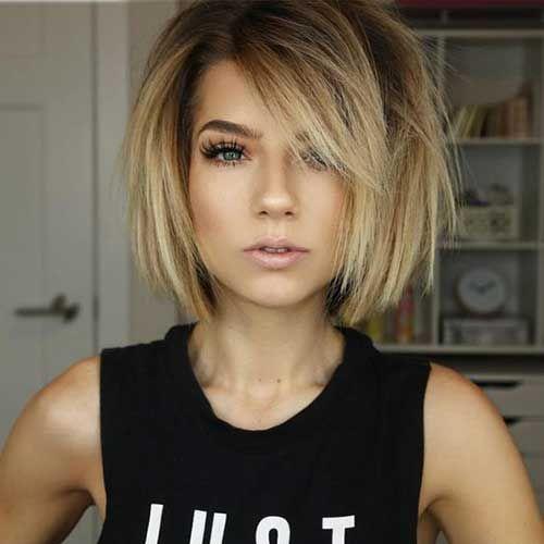 Beste Bilder von geschichteten kurzen Haaren für rundes Gesicht » Frisuren 2019 Neue Frisuren und Haarfarben #hair