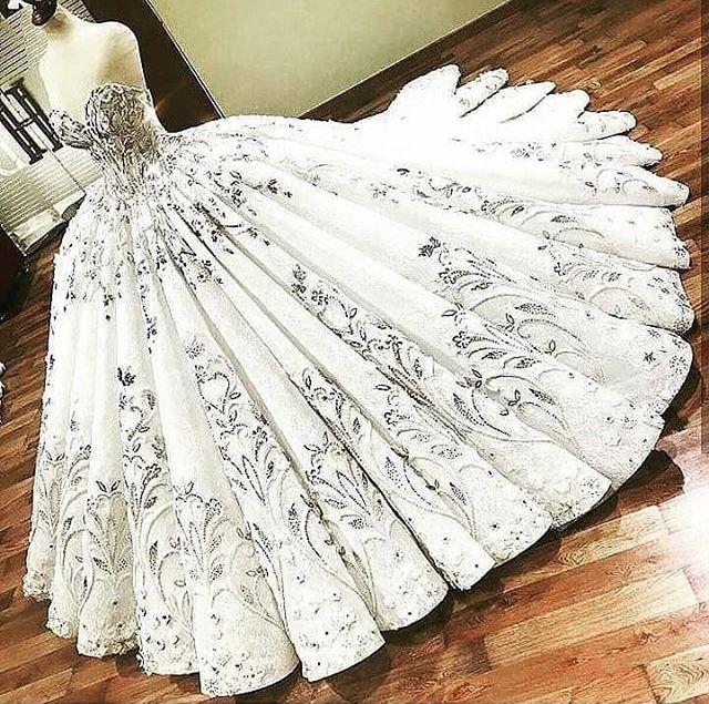 Пін від користувача Анастасія на Dresses (Платья)  179258ee8bbd6