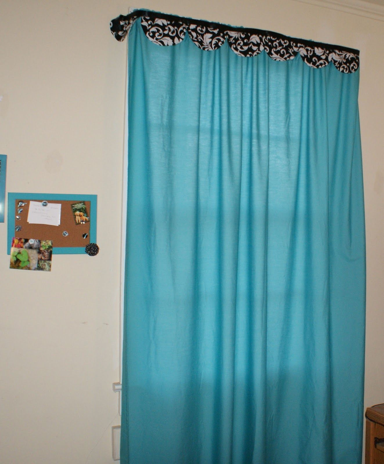 Fitted sheets and fabric make a curtain no sew curtains