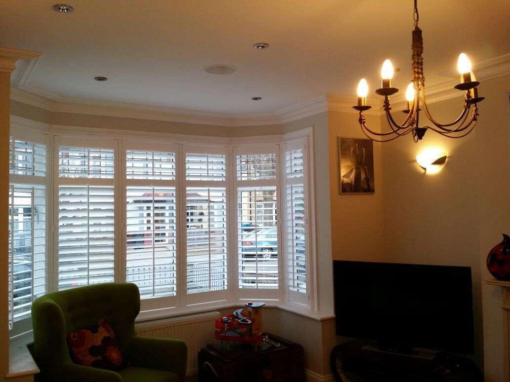 Window treatments for box bay windows - Wooden Shutters For Bay Windows How To Identify The Type Of Bay Window In Your Home