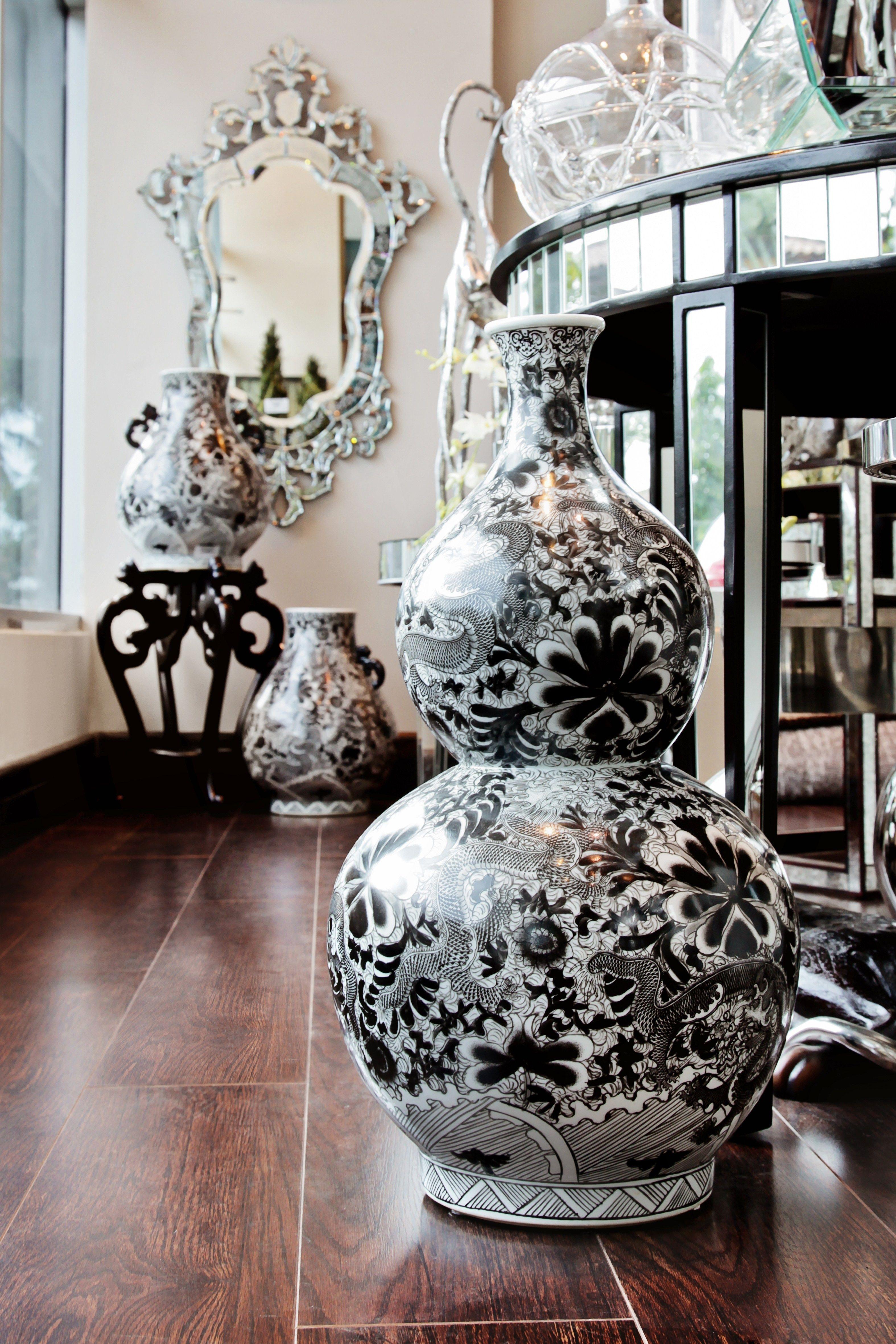 Jarrones negros jarrones grandes accesorios en home gallery novedades home decor decor - Jarrones plateados ...