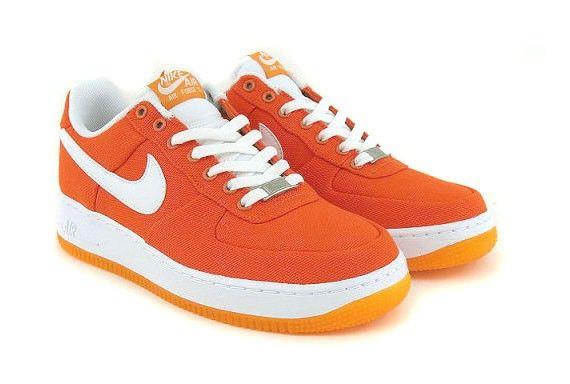 zapatillas naranjas nike