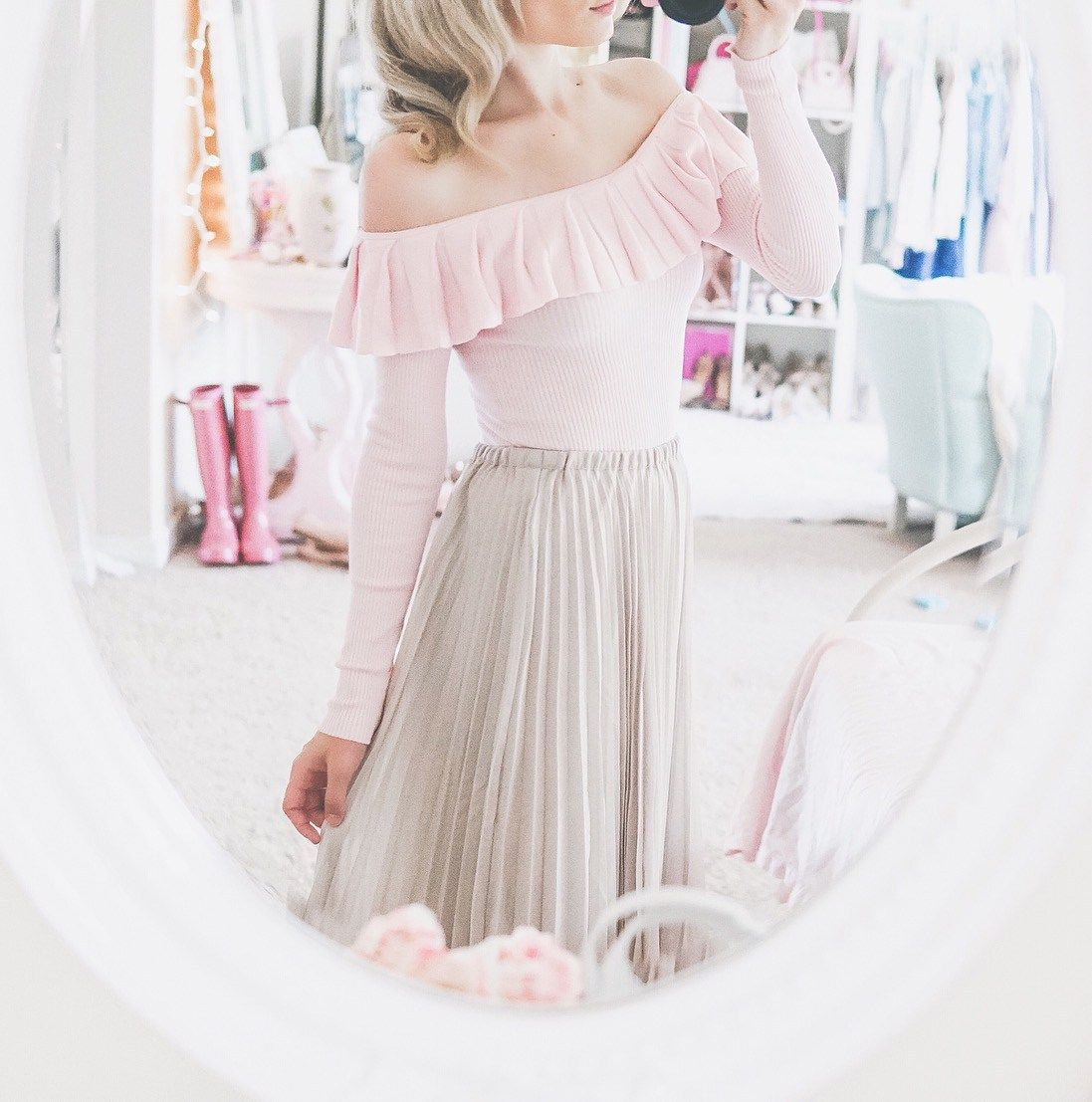 Feminine Style & Current Trends with LC Lauren Conrad is part of Clothes Style Romantic - Feminine Style & Current Trends with LC Lauren Conrad I have loved the LC Lauren Conrad clothing line for years!! There's something about her and everything she does that speaks to my sou…