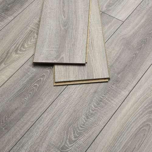 Grey Oak Colour Or Similar Flooring For Kitchen Oak Laminate Flooring Grey Laminate Flooring Living Room Grey Laminate Flooring