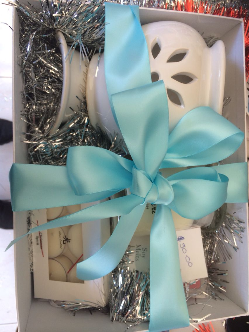 Beautiful gift boxes from hiakri candles bridal shower