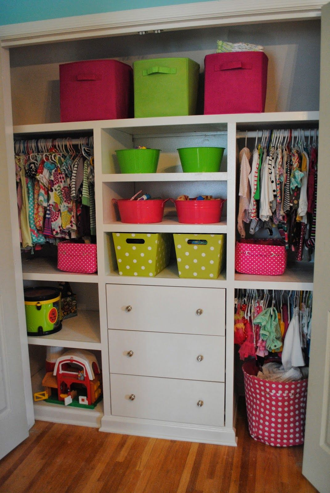 Toddler/baby closet organization. I need to do this!! Very smart use ...