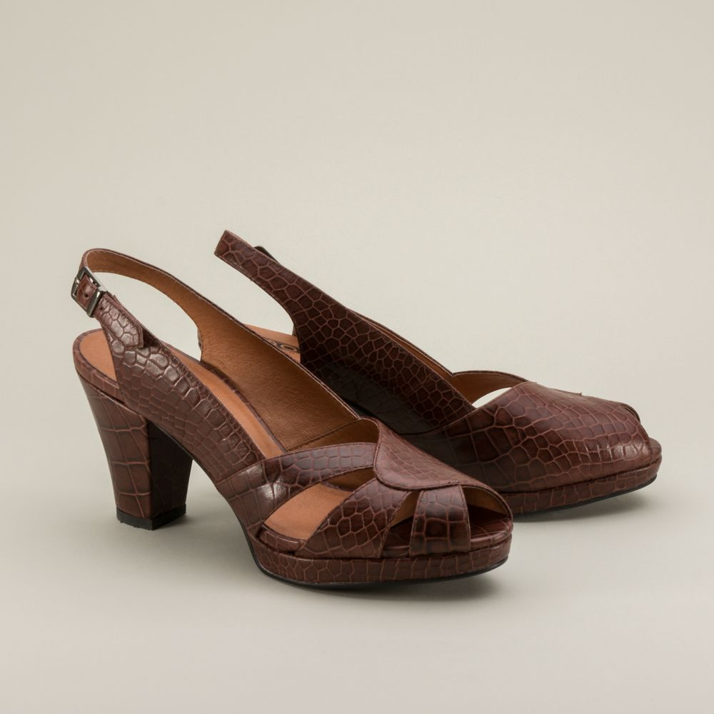 2385aaceef1 Dolores 1940s Slingback Platform Shoes are wonderfully iconic 1940s shoes.  With the platform