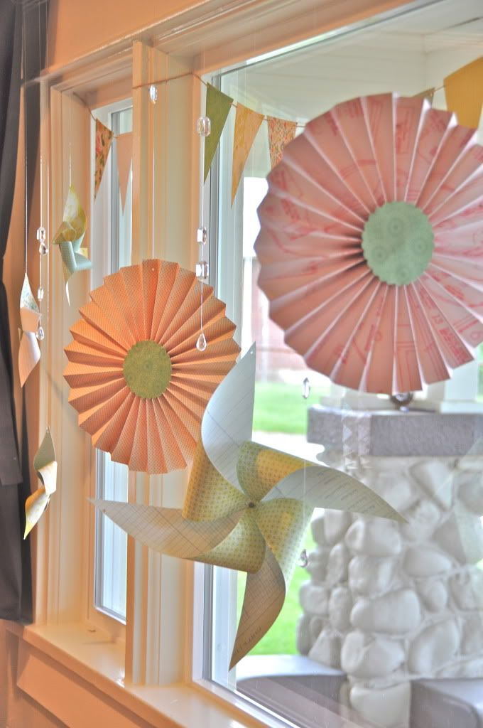 Classroom Windows Decoration Ideas : Windo pinwheels and posies simply kellyb spring window
