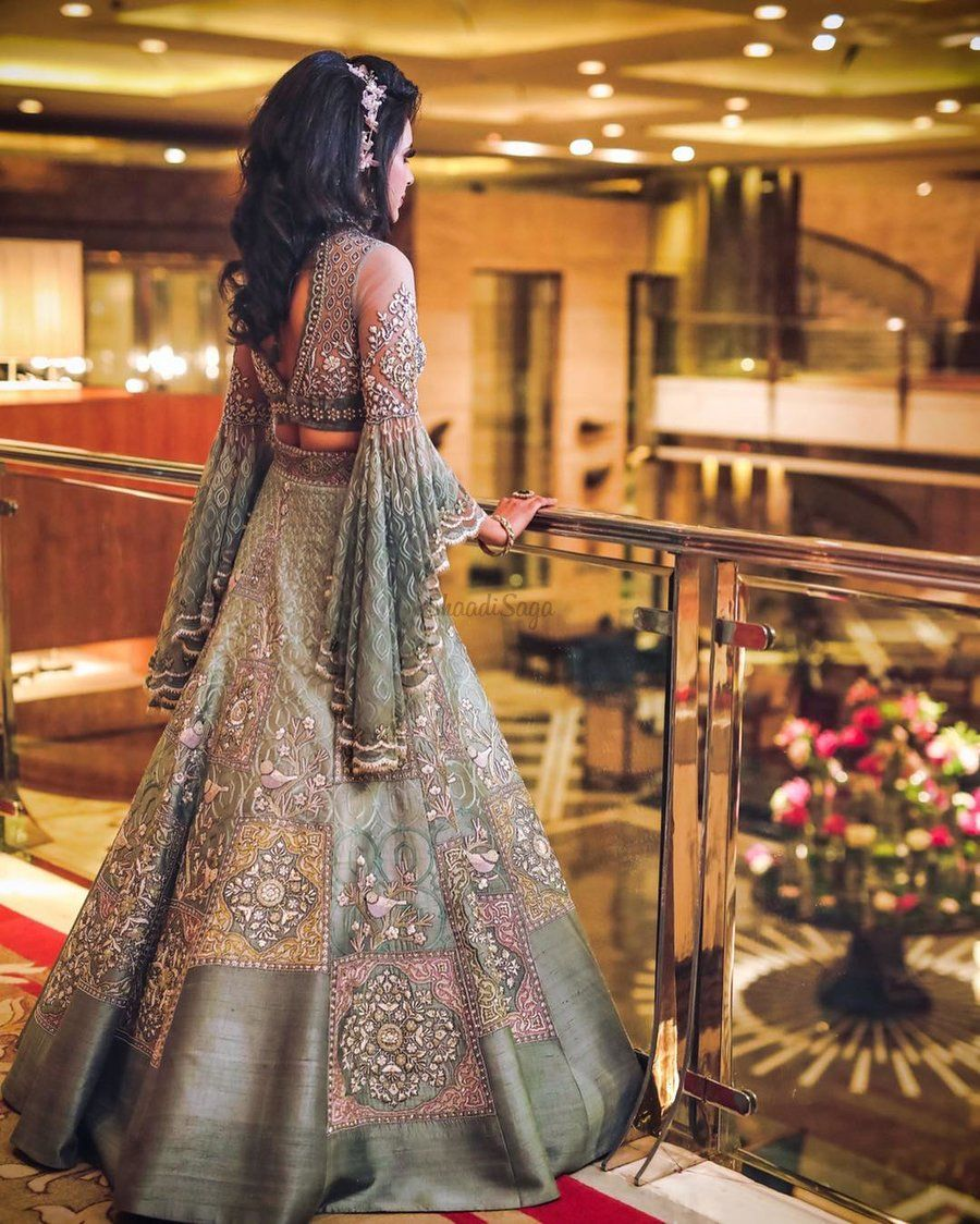 15 Times Brides Gave Us Dazzling Engagement Outfit Inspiration Indian Wedding Gowns Bridal Outfits Indian Bridal Outfits