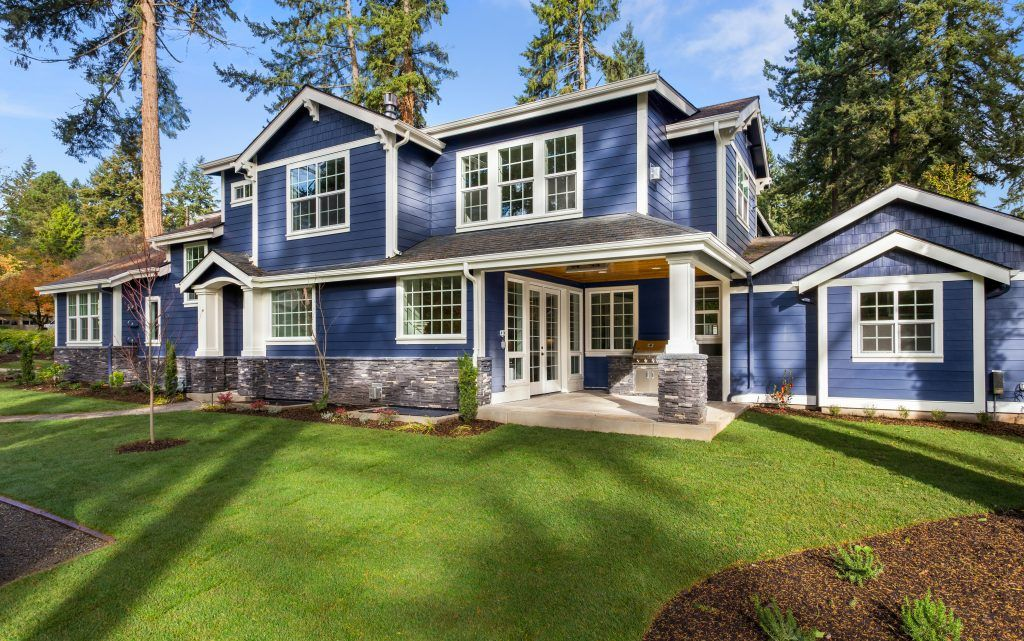 Color Of The Month Optimum Blue Vinyl Siding Cost Vinyl Siding House Exterior
