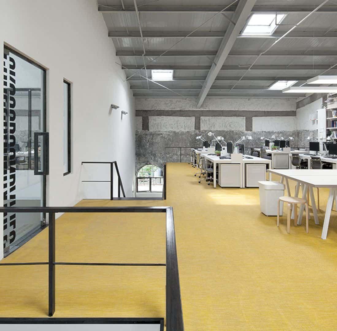 Crossboundaries new office in beijing skylight office