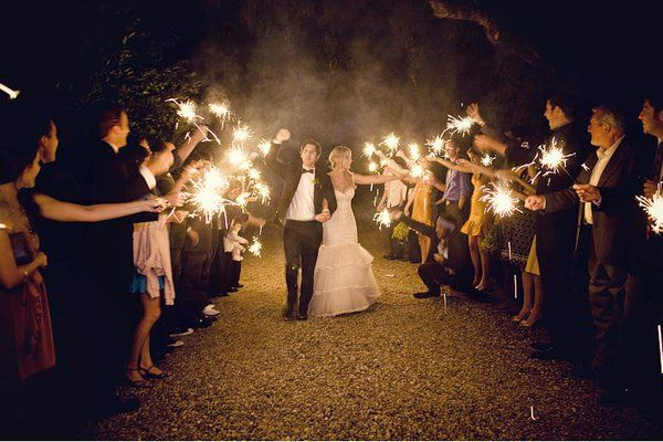 The Sparkling Exit Um I Want This To Happen Ventura Wedding Venues Southern California Wedding Venues Sparkler Exit Wedding