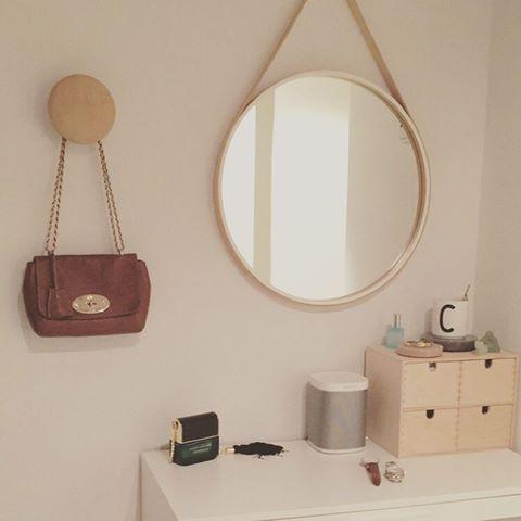 rundt spejl med læderrem Billedresultat for rundt spejl med læderrem | Badeværelse | Pinterest rundt spejl med læderrem