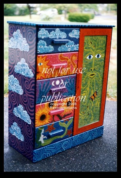painted furniture - elements armoire