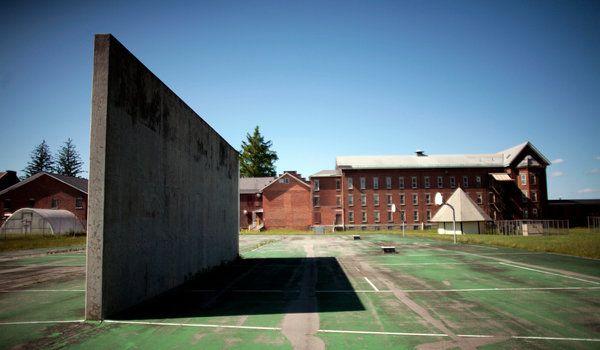 Opiniões...: Estado de Nova Iorque, Vende prisões para Combater...