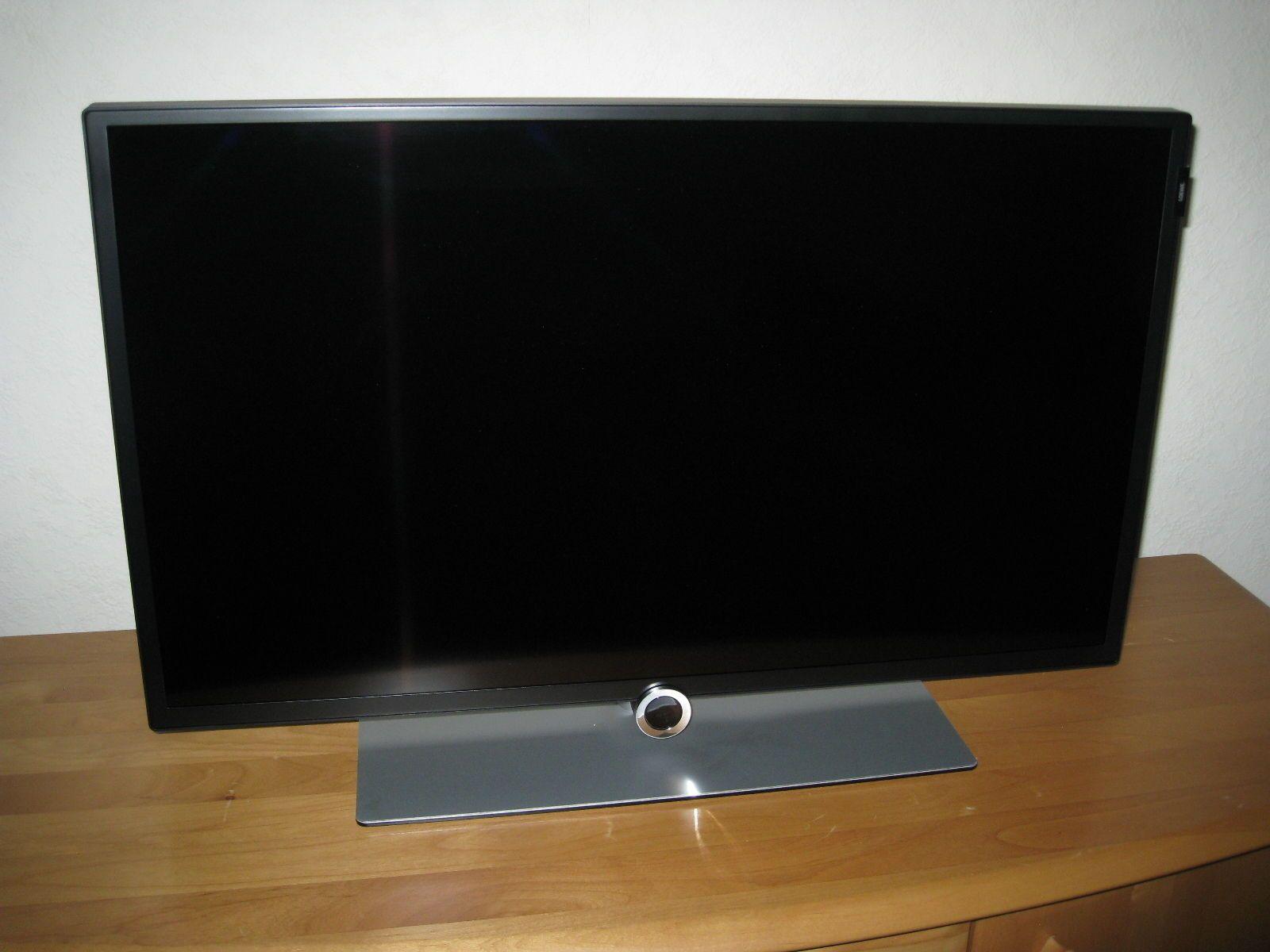Loewe bild 1.32 black | Loewe and Tv videos
