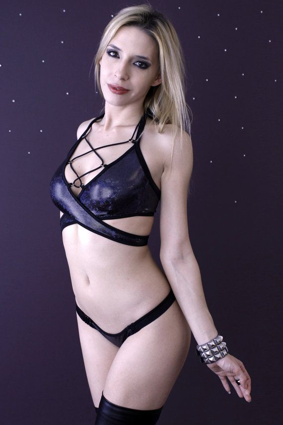 9962cbef14e Sexy Lace-up Criss-cross Bra - Black Hologram Wrap-around Bralette with 6  rings lace-up black cord   Clubwear   Sexy Lingerie
