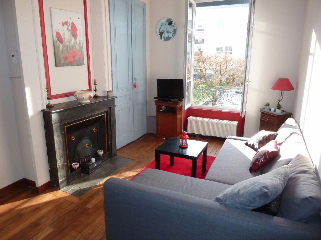 Appartement, 40.88 m² T-2 à acheter à Lyon 6 pour 179000 € avec ORPI
