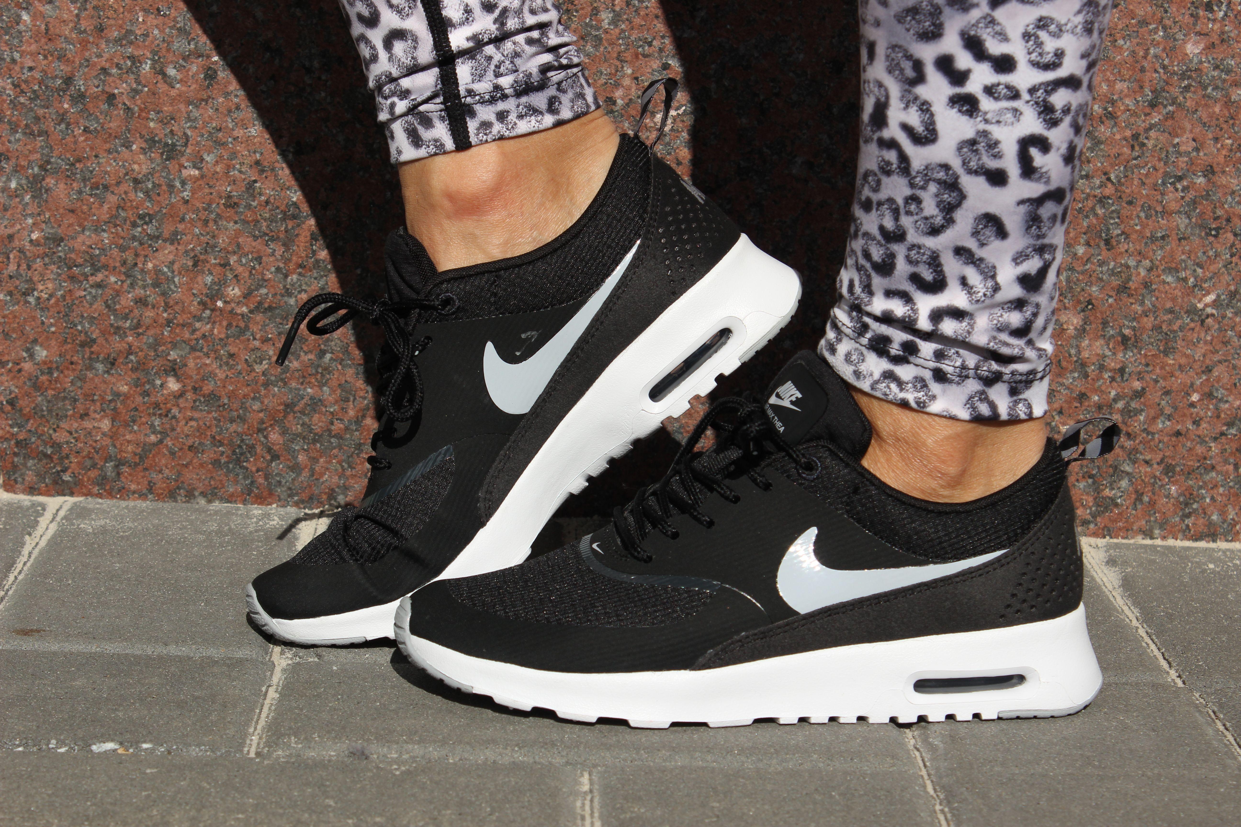 Nike Air Max Thea Motion Lifestyle | Nike air max, Sport