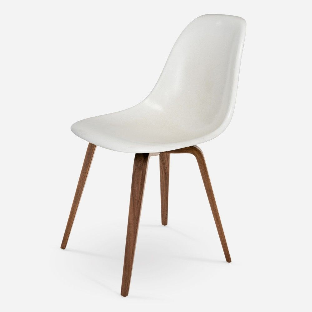 Spider chair from modernica for case study fiberglass chairs wire chairs daybeds couches and other modern seating