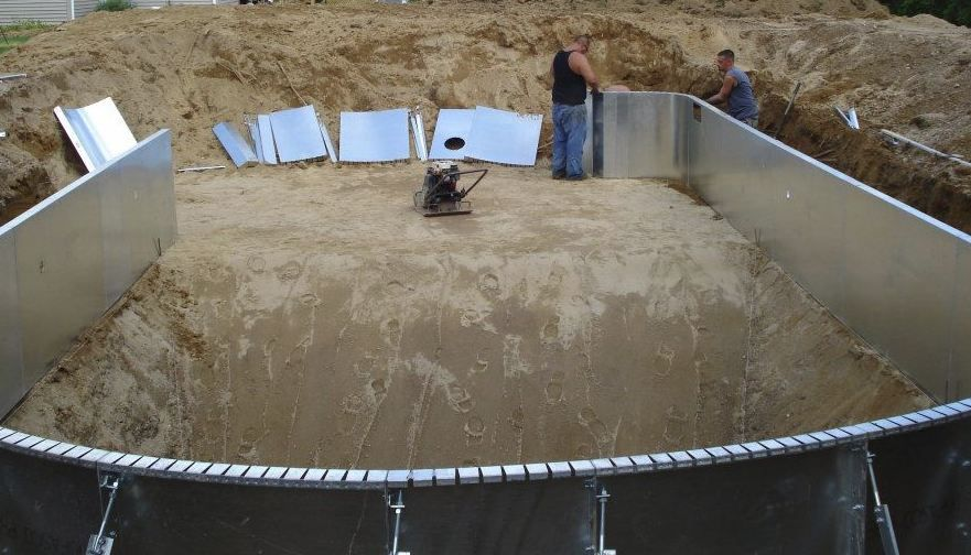 How much does it cost to build your own pool build your