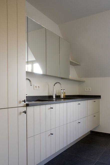 Landelijk badkamermeubel badkamer bathroom pinterest for Goedkoop interieur