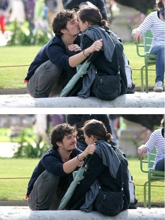 Orlando Bloom kissed Miranda Kerr
