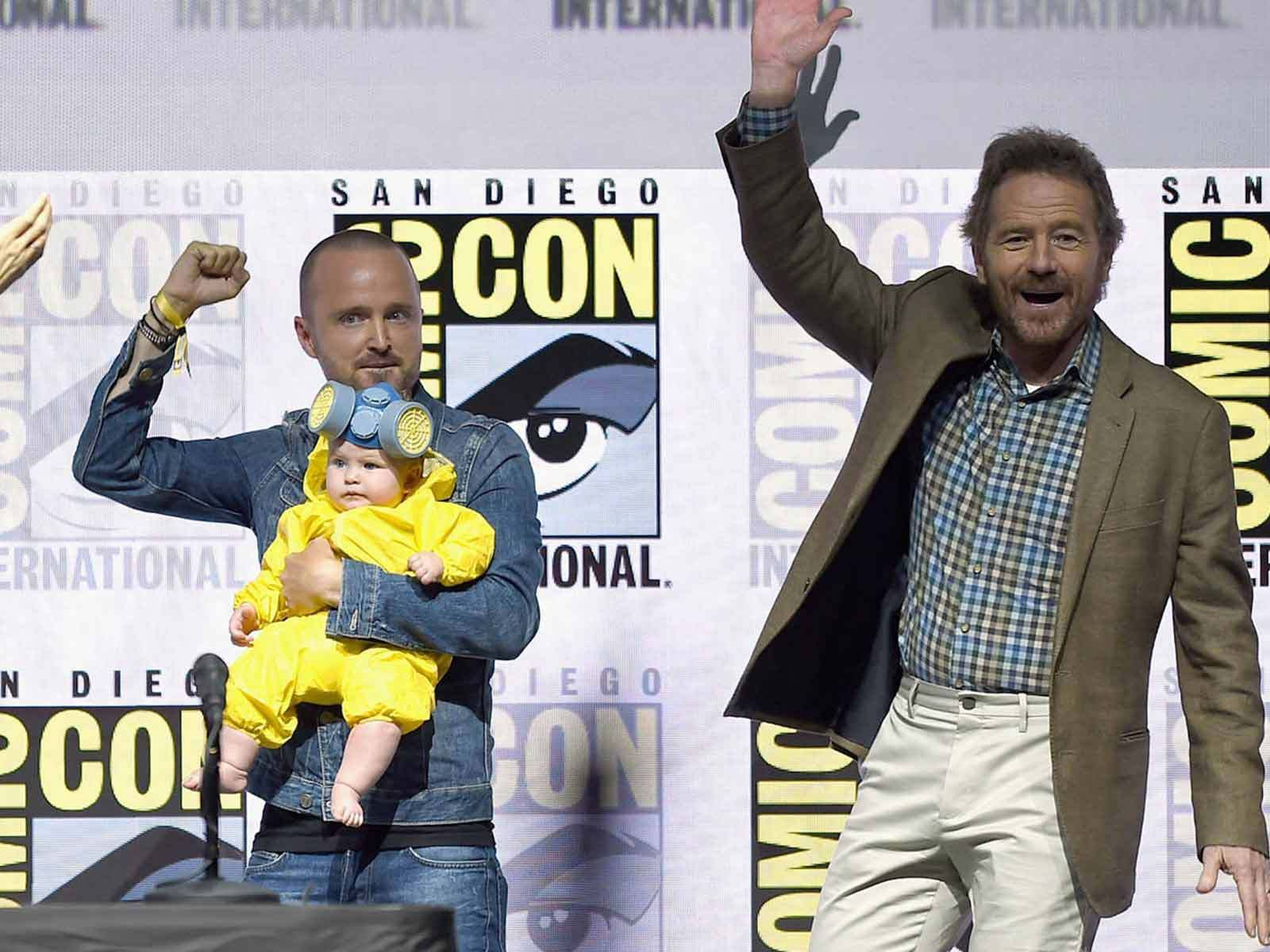 Aaron Paul S Daughter Wins Comic Con Dressed As Lil Walter White