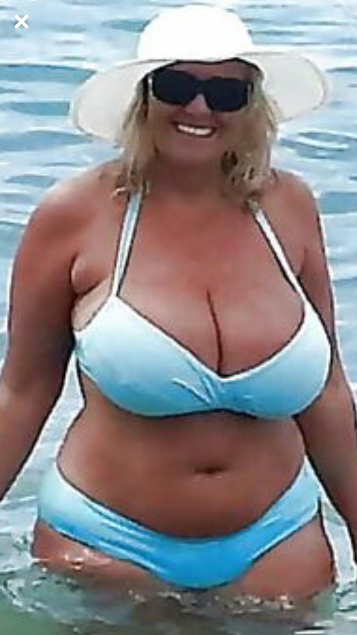 Curvy Amateur Women