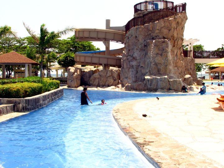 Short Summer Getaway at Aquaria Beach Resort at Playa Calatagan