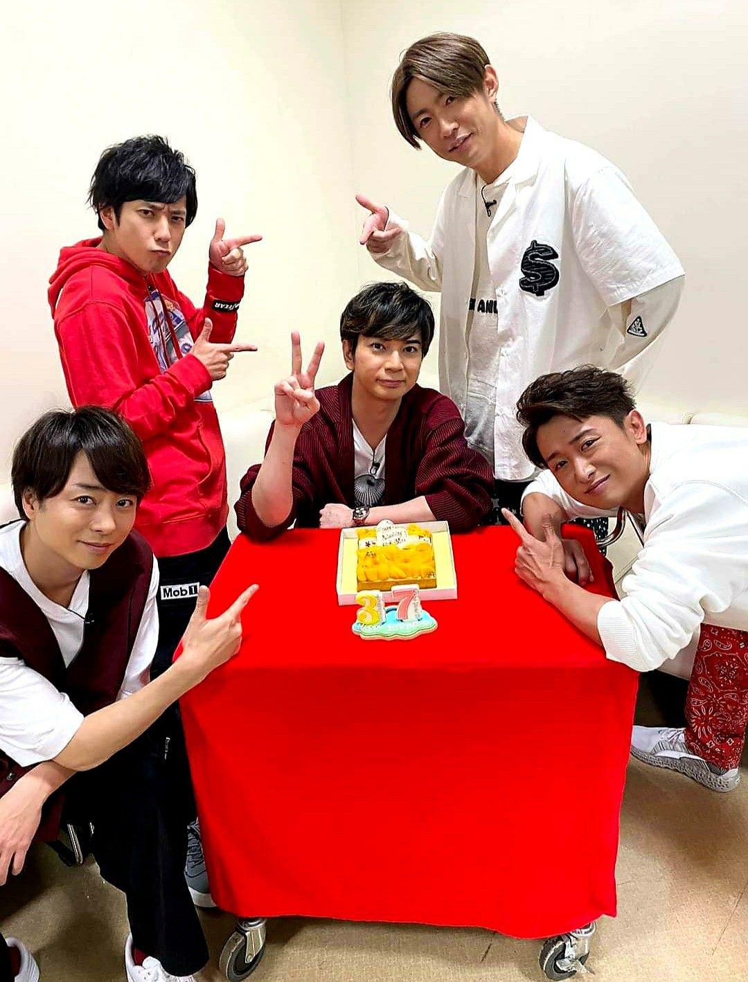 arashi celebrating mj s 37th birthday 2020 嵐5人 love 嵐 嵐 コンサート