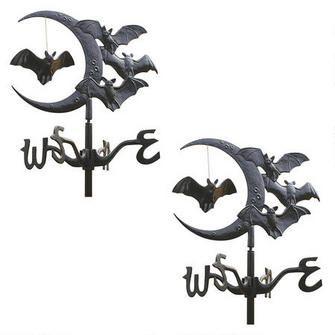 Crescent moon Vampire Bats Metal Weathervane: Garden Stake