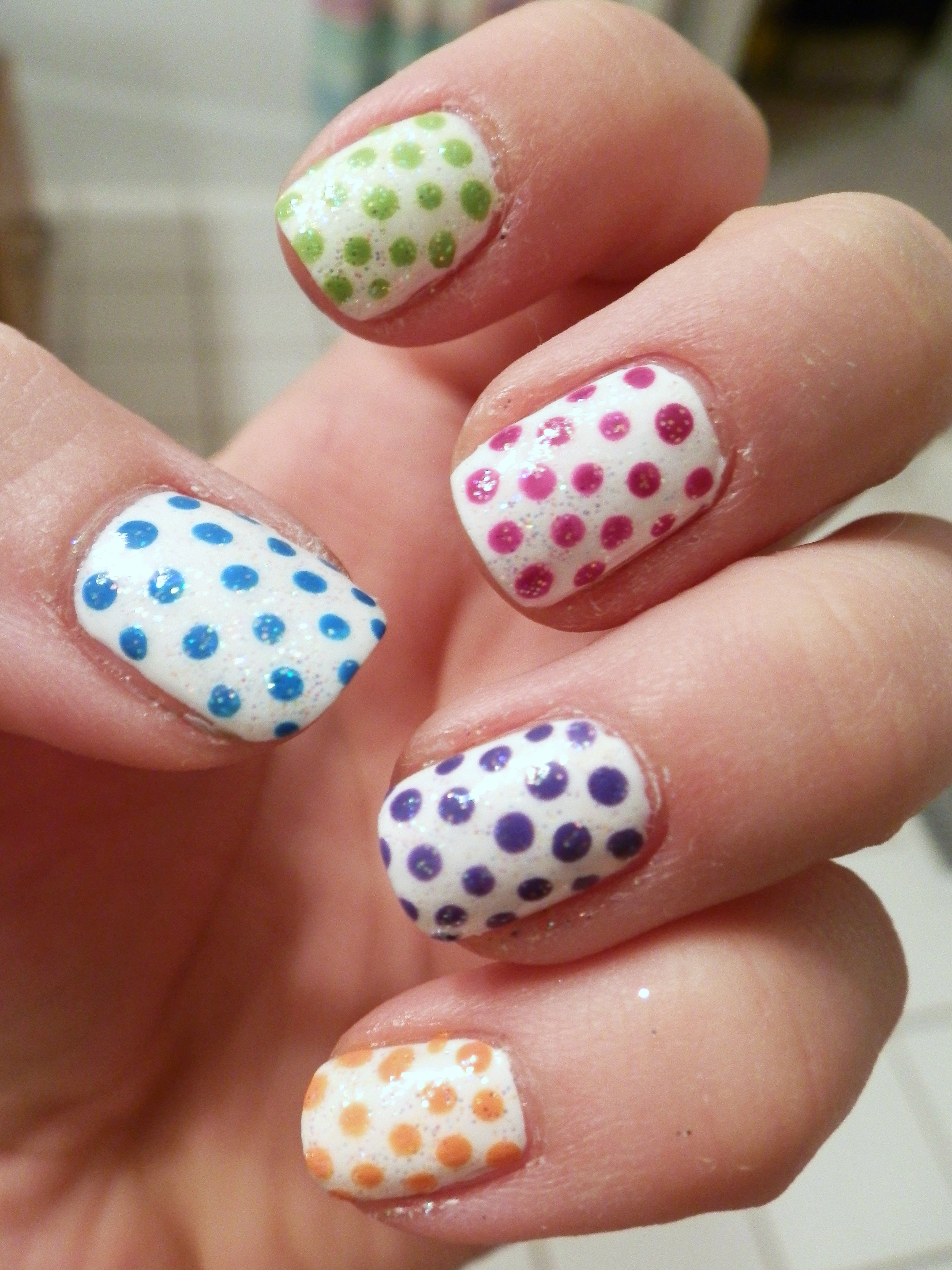 Polka-Dot Nail Art. Did these for Easter, but they could work for ...
