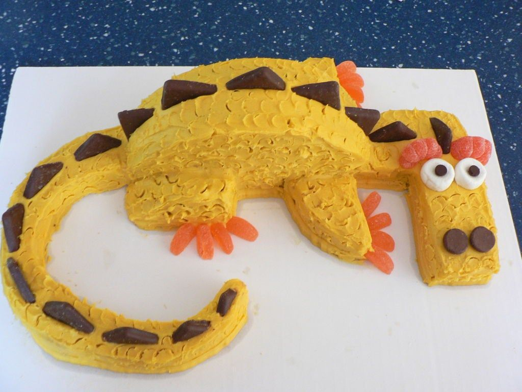 Photo of Fire-Breathing Dragon Cake!!