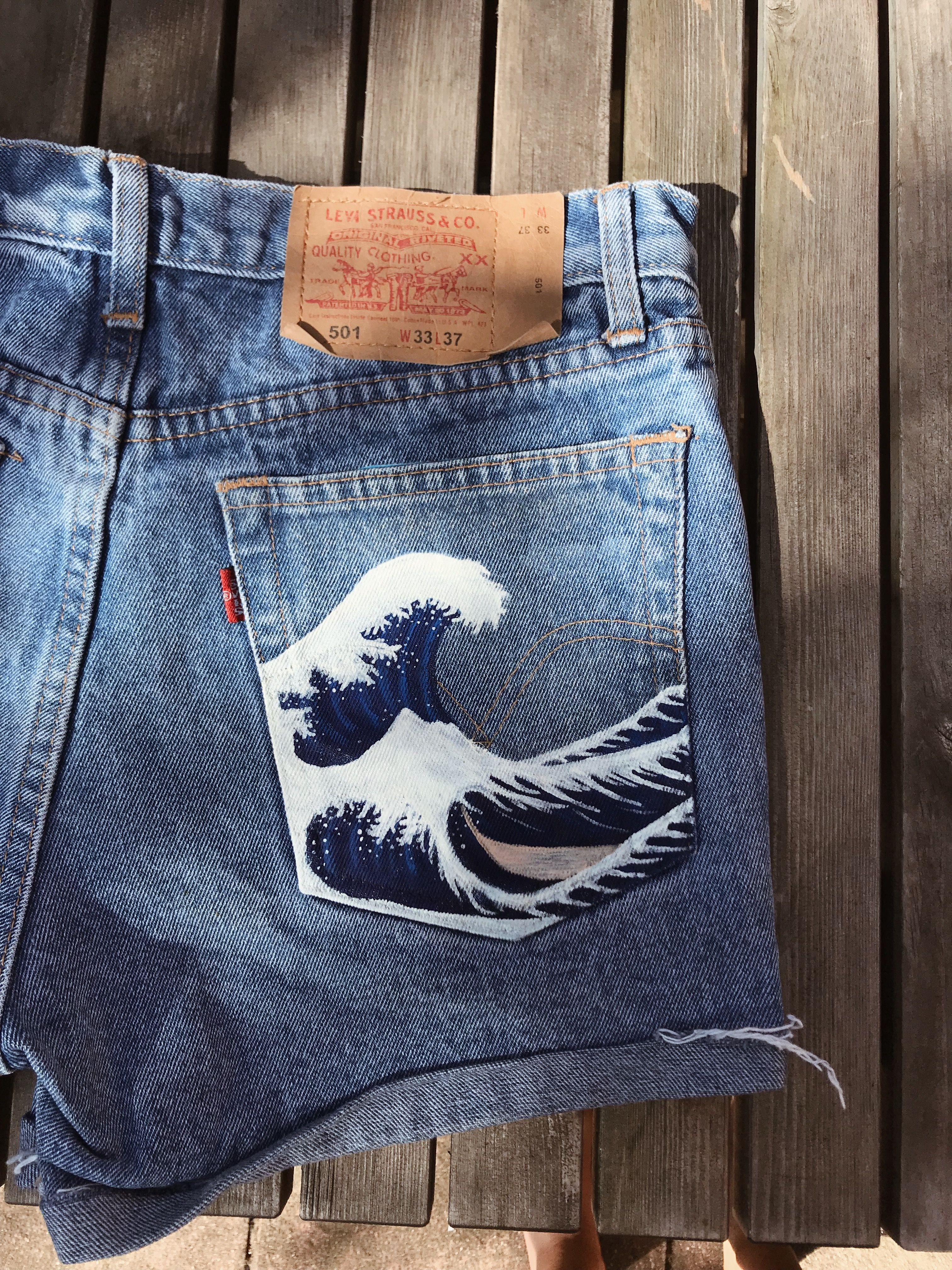 Levis painted