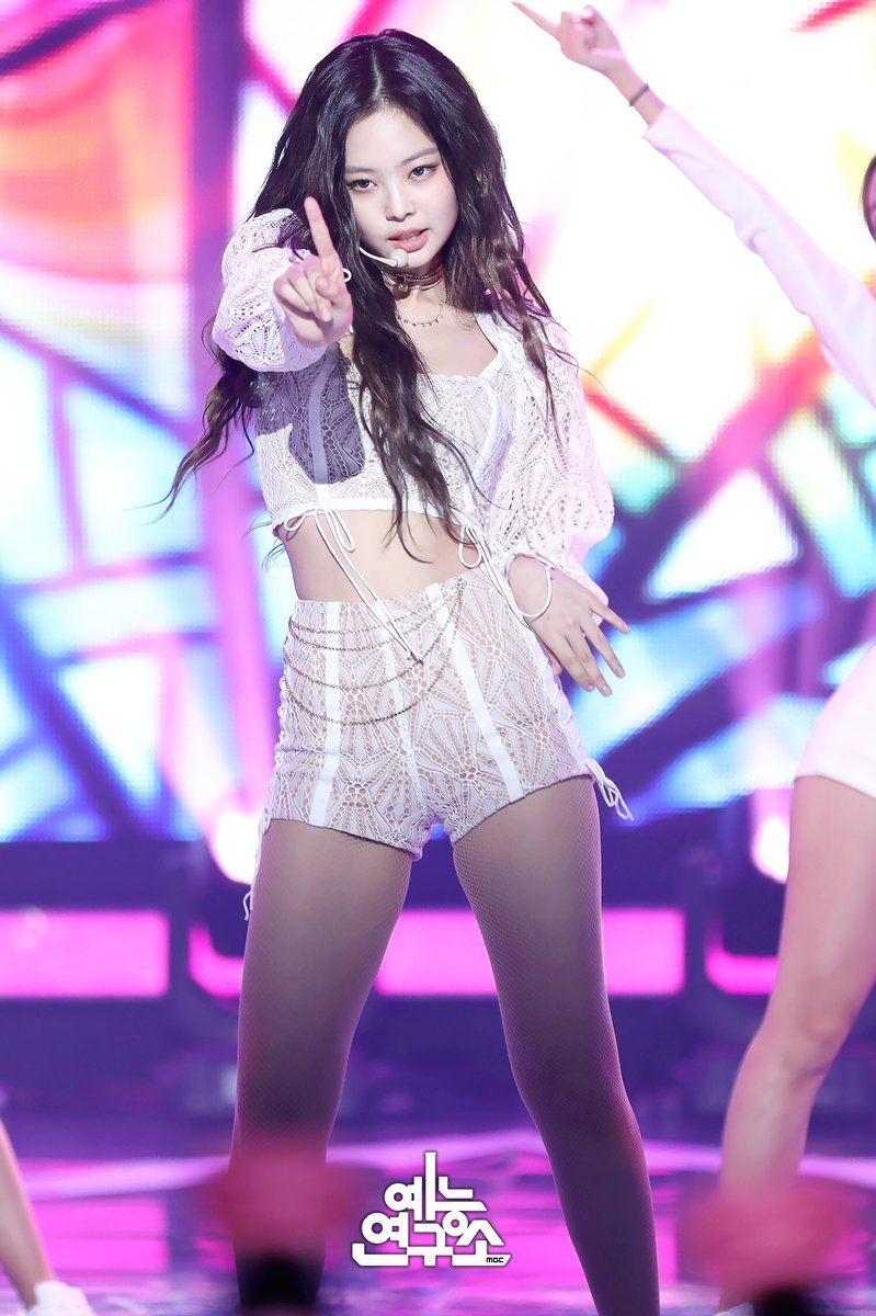 Jennie Kim Blackpink 181214 Solo At Music Core 181208 Blackpink Fashion Blackpink Jennie Jennie Kim Blackpink