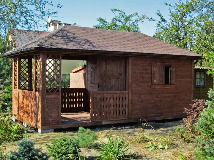 Altana Na Dzialke Rod 100 Drewno Domek Z Tarasem Outdoor Structures House Styles Gazebo