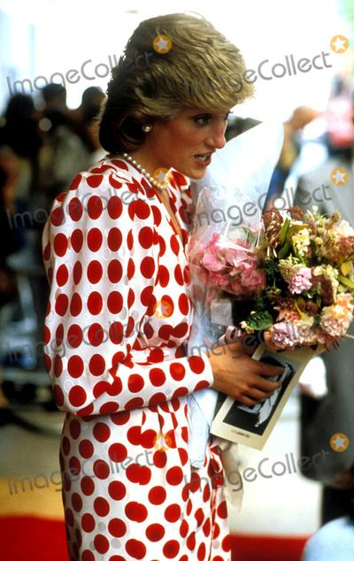 1986-07-09 Diana at the Savoy Hotel for the Save The Baby Fund Luncheon