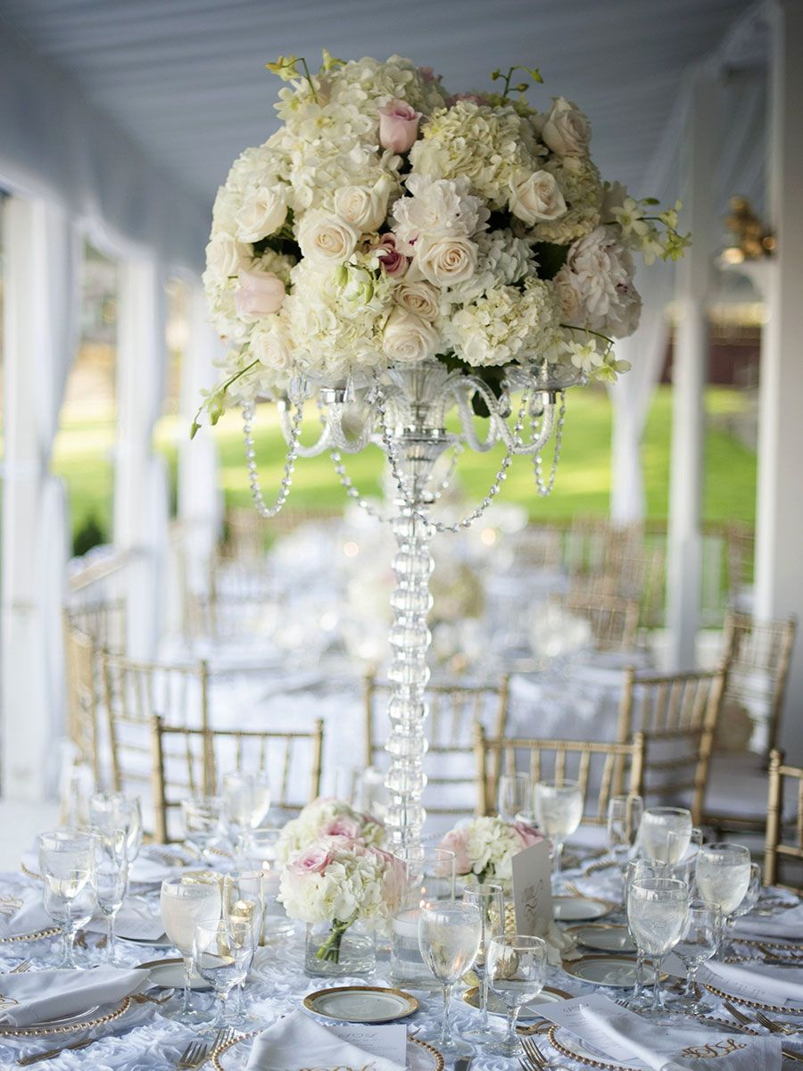 13 Glamorous Centerpieces With Serious Bling | Crystal wedding ...