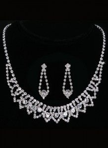 Bella Mera Bridal Boutique - En Vogue Bridal Necklace and Earring Set - Style NL1003 (http://www.bellamerabridal.com/en-vogue-bridal-necklace-and-earring-set-style-nl1003/)