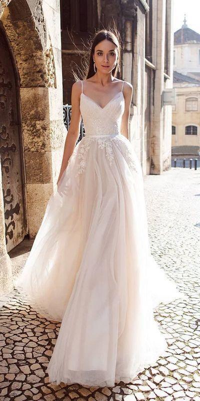 Elegant wedding dress Mermaid wedding dress Sweetheart Lace Appliques Sleeveless Ivory Wedding Dresses