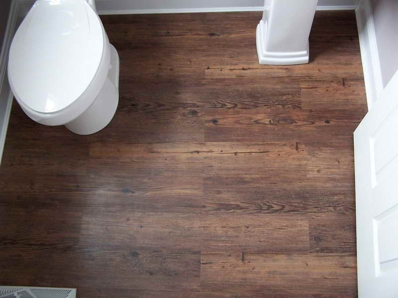 Allure Vinyl Flooring With The Toilet Looks Like Wood