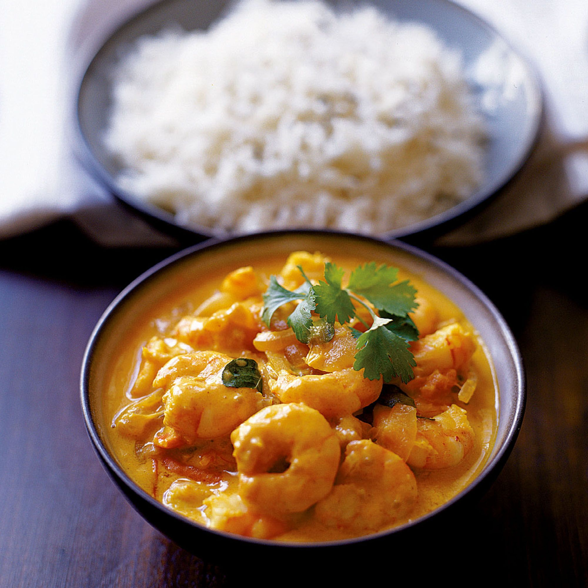 Prawn Curry An easy Indian curry recipe made with prawns. Alternatively use white fish or chicken in the curryAn easy Indian curry recipe made with prawns. Alternatively use white fish or chicken in the curry