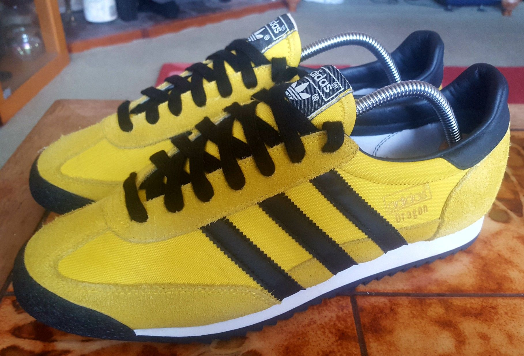 Finally landed a pair of yellow/black Adidas Dragon after 2 ...