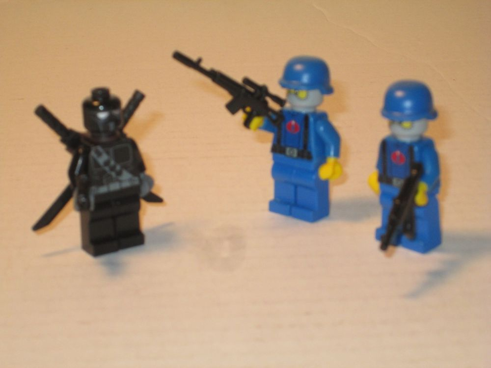 Lego Minifig Custom Gi Joe Snake Eyes and 2 Cobra Soldiers w// accessories
